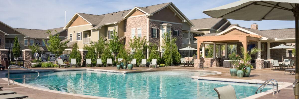 Sovereign at Overland Park Pool │ Sherman Residential