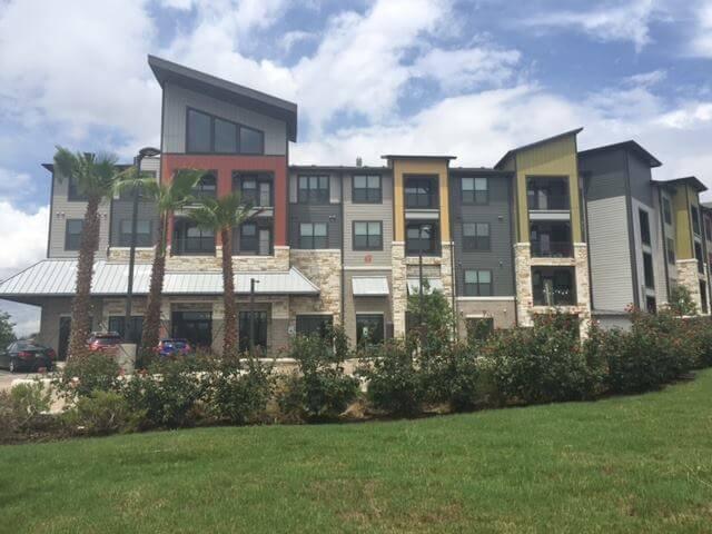 Axis Hamilton Apartments in San Antonio, TX Medical Center